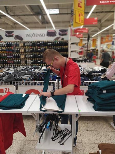 Praktyki wspomagane w Auchan